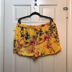 West Loop XL 100% polyester Stretch Shorts